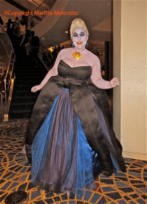 THE COSTUMES OF DRAGONCON - 73.7KB
